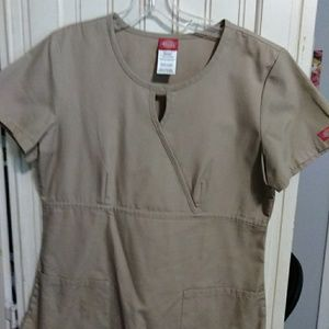 Dickies khaki scrub top